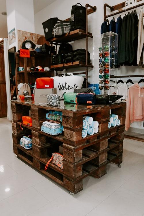 sobre-delocos-tienda-interior
