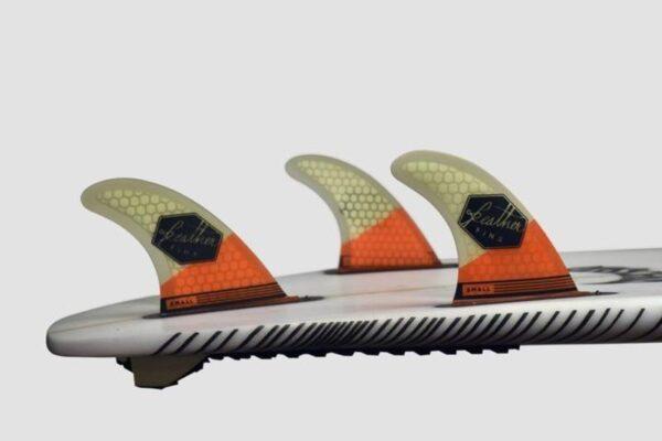 quillas-de-surf-feather-fins-ultralight-future-orange-white-3