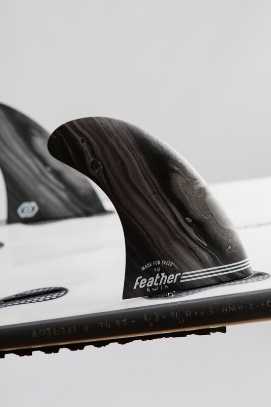 quillas-de-surf-feather-fins-performance-twin-click-tab